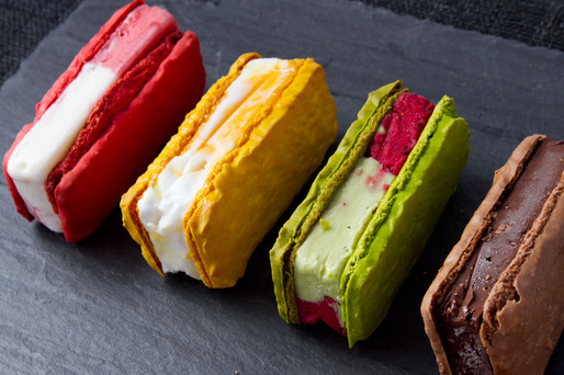 20130626-payard-macaron-ice-cream-sandwiches-angle-thumb-514x342-335817